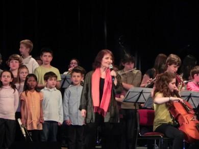 Michèle Bernard et les enfants